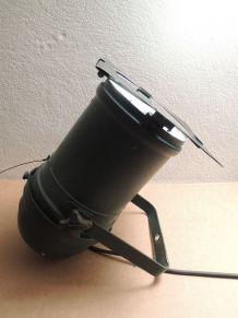 Projecteur de théatre