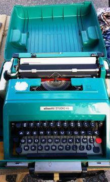 MACHINE A ECRIRE OLIVETTI année 60/70