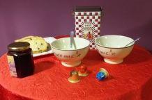 Bols à café et bols à céréales assortis et sérigaphiés