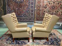 Paire de fauteuils Chesterfield en cuir années 80