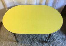 Table basse – mobilier scolaire des années 50
