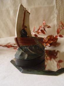Statuette ancienne  pêcheur à la barque  L'ISLE ADAM