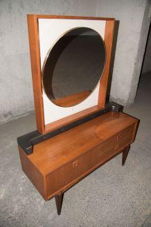 Coiffeuse scandinave années 60, miroir rétro-éclairé