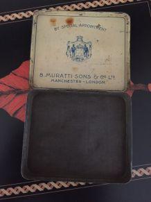 Boîte cigarettes Murattis ancienne