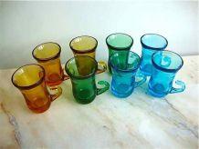 Set de 8 tasses à pousse café vintage