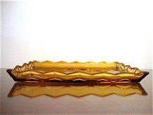 Plateau en verre moulé jaune ambre