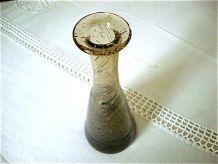 Flacon ou vase soliflore brun fumé en verre soufflé