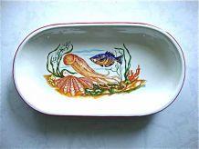 Assiettes et plat à poisson