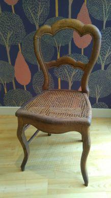 chaise cannée