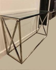 console en chrome menue d une vitre  style moderne