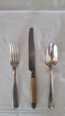 Ancienne ménagère Art déco métal argenté