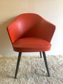Fauteuil coquille skaï rouge – années 50