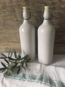 Duo de bouteilles en grès, campagne chic