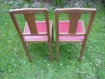 2 chaises anciennes bois et skai