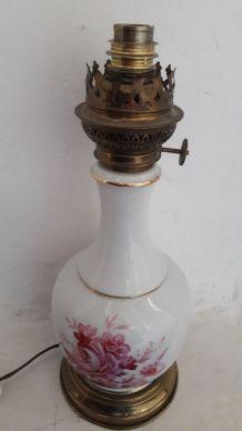 Pied de lampe vintage porcelaine motif floral