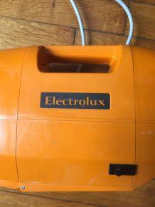 Aspirateur balai Electrolux