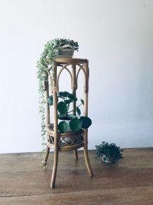 Porte plante ou sellette vintage d'appoint en rotin