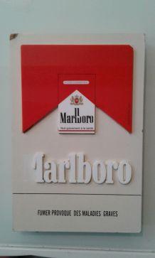Plaque publicitaire Marlboro
