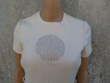 robe d'exception vintage 60s style courrèges de créateur