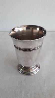 Timbale Christofle Modèle perles métal argenté