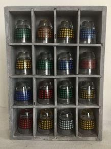 Collection de petits verres colorés avec carafe - années 60