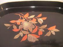 Magnifique plateau japonnais en bois laqué noir décor floral