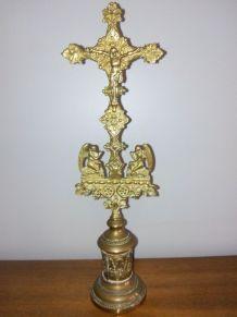 Crusifix d'Autel en bronze doré, début 20 ème