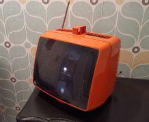 Téléviseur Vintage orange de marque Prince