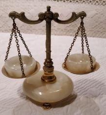 Balance miniature laiton et marbre