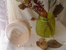 Lot de 2 vases/bocaux en verre pastel : un rose, un vert