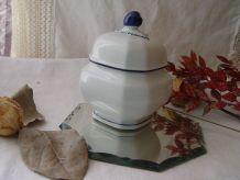 Petit pot bleu et blanc  en porcelaine de Bavière