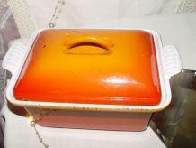 """Cocotte-terrine en fonte LE CREUSET """"orange volcanique"""""""