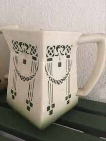 Série 4 pots faiencerie de Chauvigny.