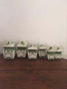 Série 6 pots à épices faiencerie de Chauvigny.