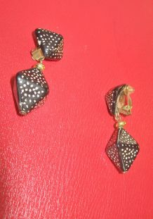 Boucles d'Oreille Clip Pendant en Bois années 50