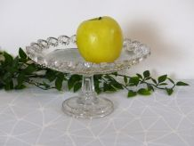 Coupe à fruits sur pied en verre moulé