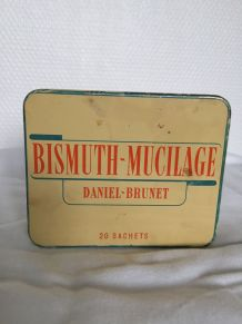 Boîte pharmacie vintage