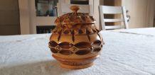 Pot à tabac en bois
