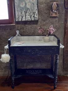 table de toilette