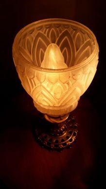 lampe  calice pied bronze et laiton tulipe  moule et presse