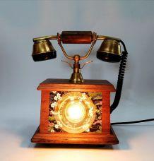 """Lampe vintage, lampe téléphone bois- """"La Belle Epoque"""""""