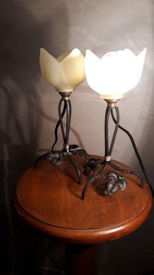 duo de petites lampes fer forge et tulipe    1920 a 30