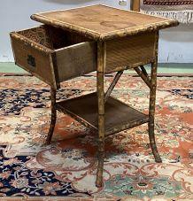 Table d'appoint à tiroir en bambou - début XXème