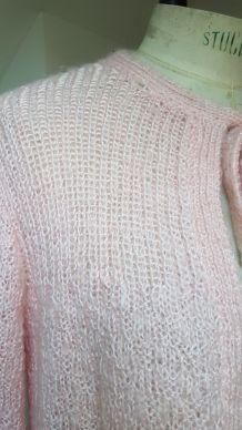 gilet en laine rose pale