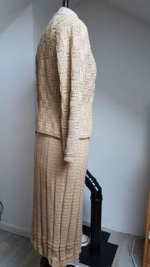 ensemble en laine  couleur sable  vintage