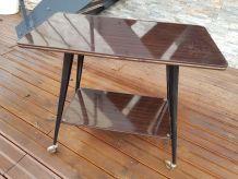 Meuble TV Table Vintage en Formica sur roulettes