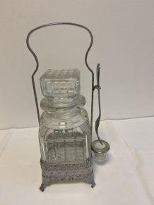 Carafe à liqueur en verre et metal argenté
