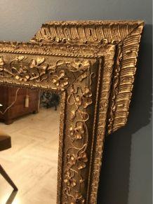 Ancien miroir en stuc sur bois doré XIXème siècle