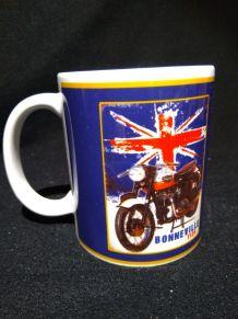 Lot 2 mugs Triumph Bonneville