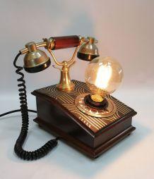 """Lampe vintage, lampe téléphone bois- """"L'appel en Or"""""""